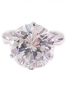 ダイヤモンド付きプラチナ指輪