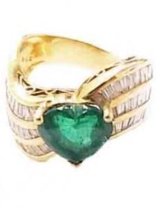 エメラルド付き 18金 指輪