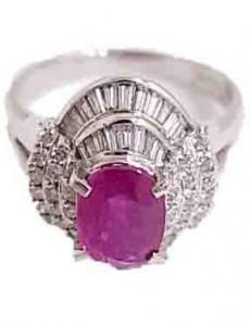 ルビー付きプラチナ指輪