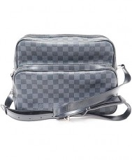 LOUISVUITTO DAMIER GRAPHITE(ルイヴィトン ダミエグラフィット)イオ N45252