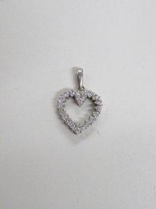 プラチナ製ダイヤ付きペンダントの買取