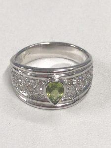 カラーストーン付きの指輪買取