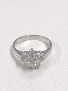 プラチナ素材のダイヤ付きリングの買取
