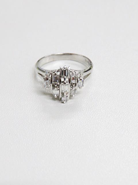 プラチナ素材のダイヤモンド付きリングの買取