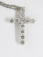 ティファニーのダイヤモンドつきクロスネックレス買取