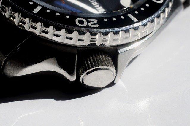 高価買取したロレックスのサブマリーナ ノンデイト114060型の時計のベゼル