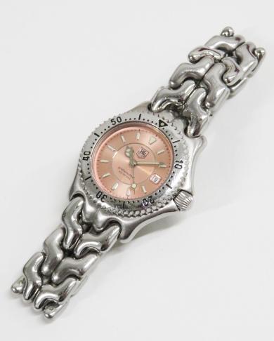 買取したタグホイヤーのセルシリーズ WG131型の時計